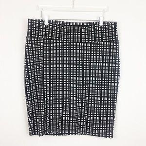 LulaRoe | Black White Check Midi Skirt | 2XL